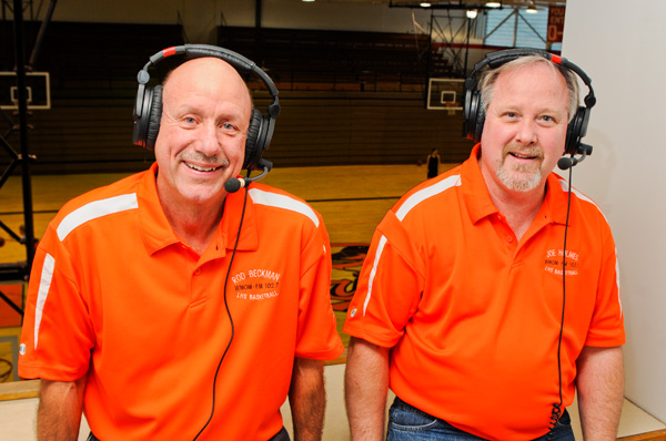 Beckman and Holmes return to broadcast Orioles basketball
