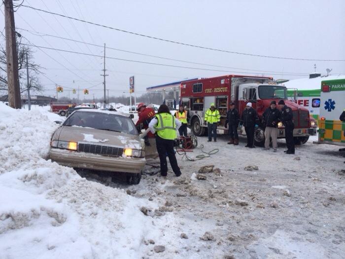 Children injured in Jackson Rd crash