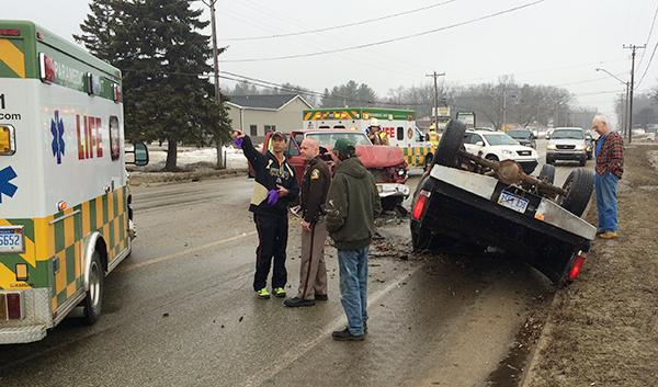 5 people involved in Jebavy Drive crash